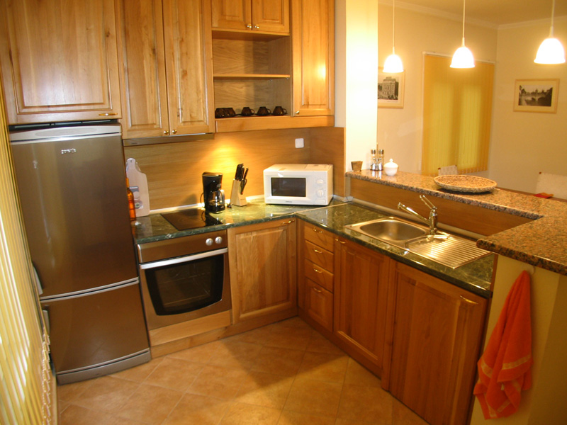 premium_kitchen_furniture_2